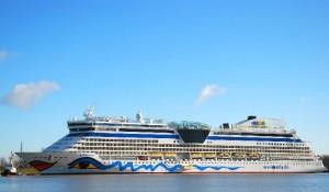 Cruise ships by Meyer Wert